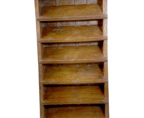 Ancien escalier droit en teck birman