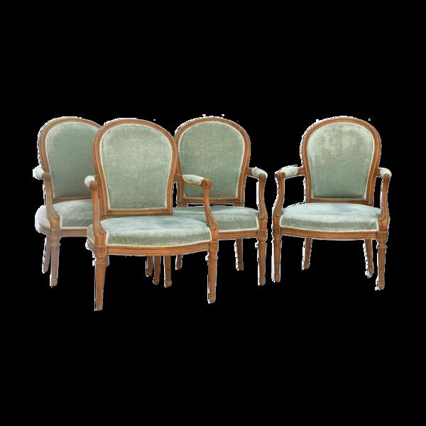 Set de 4 fauteuils de style Louis XVI
