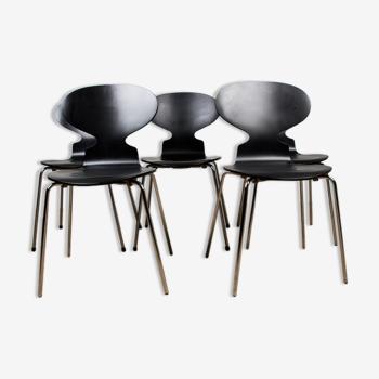 Série de 5 chaises modèle « Fourmi » par Arne Jacobsen pour Fritz Hansen