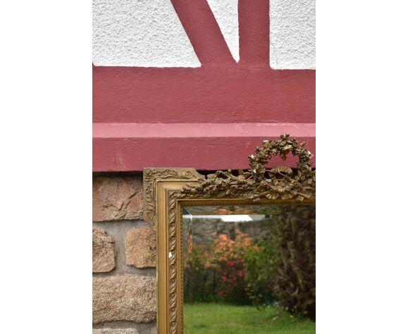 Miroir doré Napoléon III ancien fronton biseauté - 117x78cm
