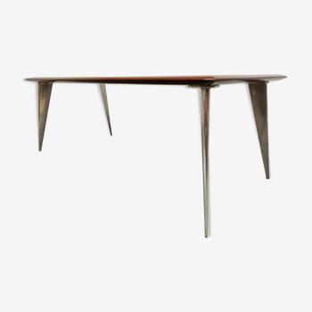 Table à manger de Philippe Starck pour Aleph série M 1987
