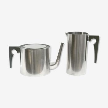 Théière et pot a lait Stelton d'Arne Jacobsen