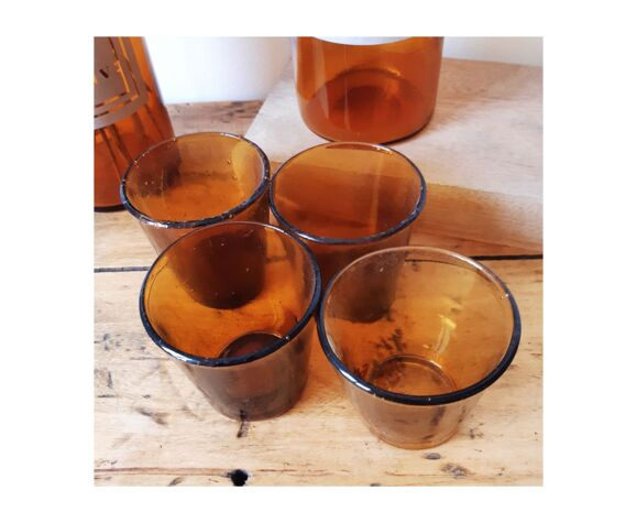Lot de 7 verres ambrés