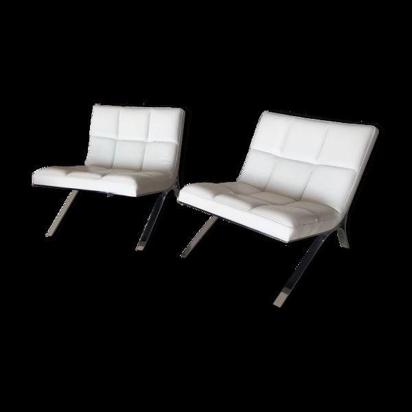 Set de 2 fauteuils Skool Roche Bobois structure chromée, assise mousse, revêtement cuir  vachette blanc