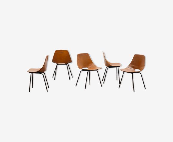 Ensemble de 5 chaises «Amsterdam» en cuir par Pierre Guariche.
