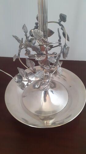 Travail des années 70  lampe Bouillote design en métal argenté!
