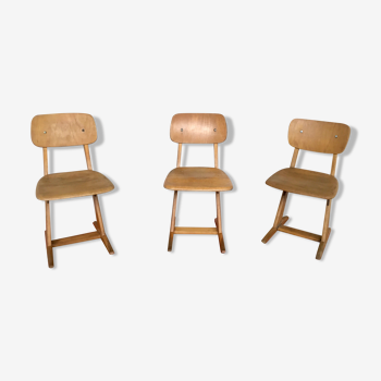 Série de 3 chaises enfant Casala vinage en bois clair