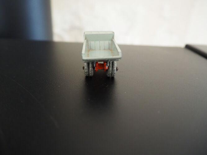Matchbox series camion benne A moko lesney sans boîte