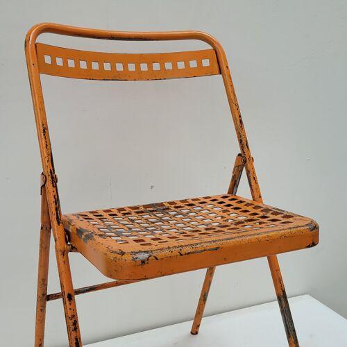 Chaise pliante métallique