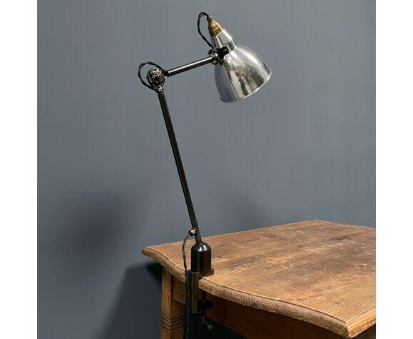 Lampe à pinces Mazda à l'ombre en aluminium des années 1930