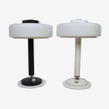 Ensemble de deux rares lampes de table noires et blanches Napako années 1960