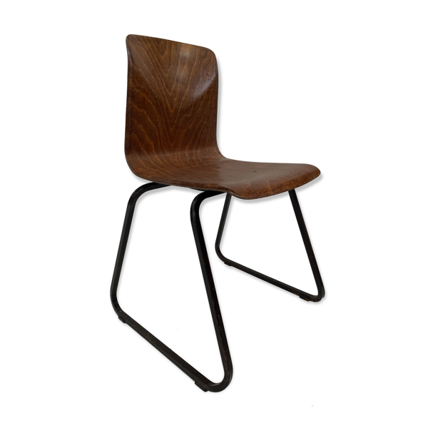 Chaise Galvanitas 'thur-op-seat' S23 empilable