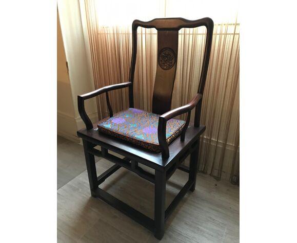 Bureau style chinois avec repose pieds chaise en option