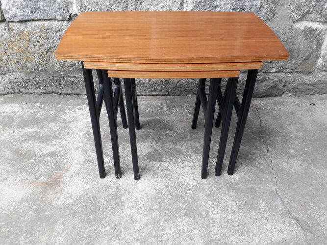 Scandinavian pull-out tables
