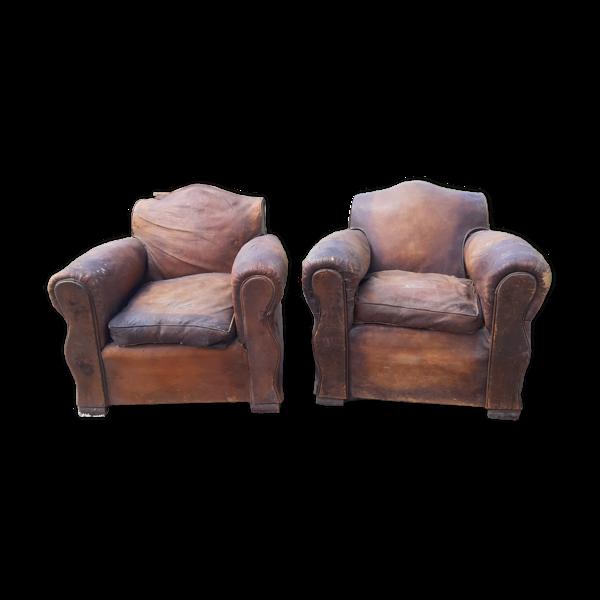 Paire de fauteuils club cuir