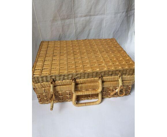 Vintage rattan/wicker case