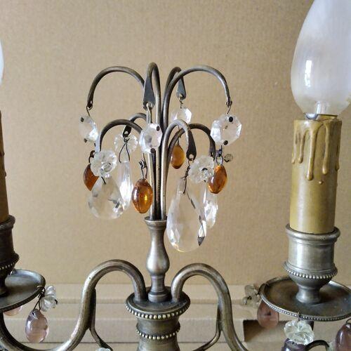 Paire de lampes  girandoles pampilles et métal argenté