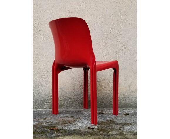 Chaise de Vico Magistretti pour Artemide design italien 1960