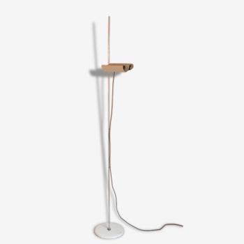 Lampadaire design de Vico Magistretti Oluce