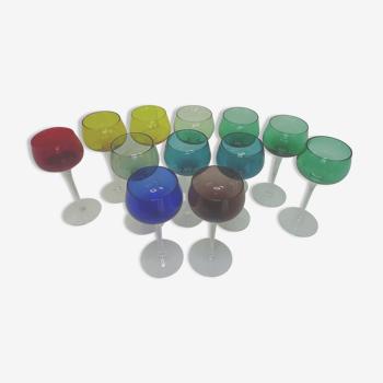 Lot 12 verres colorés cristal vintage