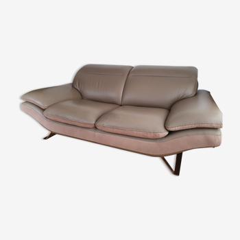 Leather Sofa 2.5 seats