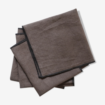 Lot de 4 serviettes marron en lin upcyclé