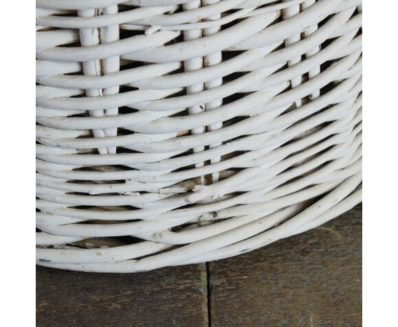 Fauteuil en osier blanc pour enfant