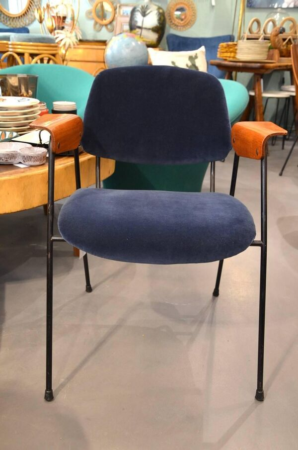 Chaise de bureau italienne rembourrée vers 1960