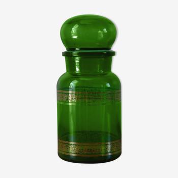 Green vintage apothecary pot and golden ledé