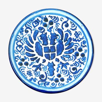 Assiette Aigle à 2 têtes pour cette ancienbe, bleue sur soclee