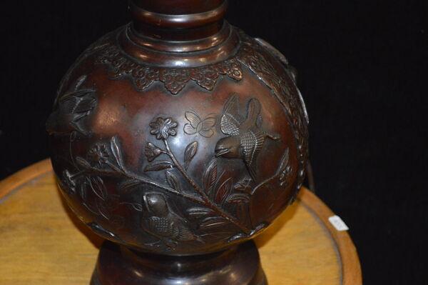 Lampe asiatique en bronze