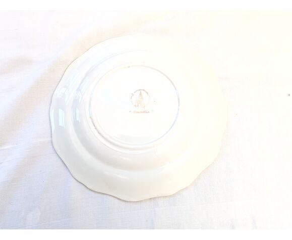 8 assiettes plates Coopélia L'Amandinoise