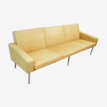 Sofa trois places par Hans Wegner