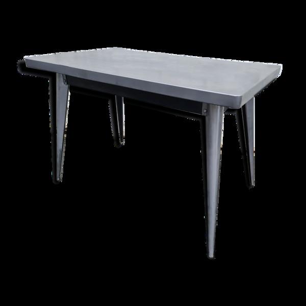 Selency Table métallique industrielle Tolix 110 x 65 cm