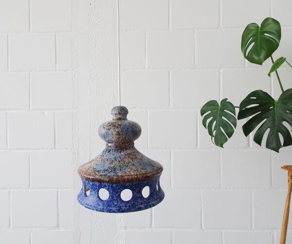Suspension en céramique bleue par Aka Electric