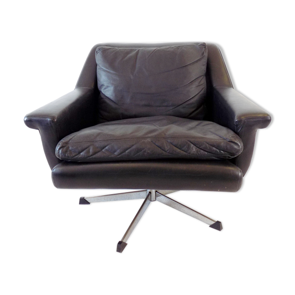 Fauteuil en cuir noir ESA 802 par Werner Langenfeld