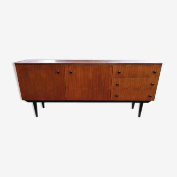 Buffet des années 60 / 70 dans le style vintage