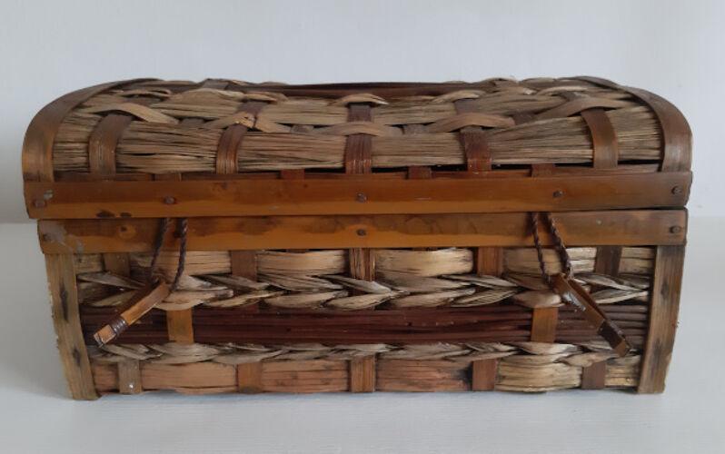 Small suitcase rattan wicker