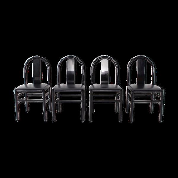 Selency 4 chaises laquées noires et cuir