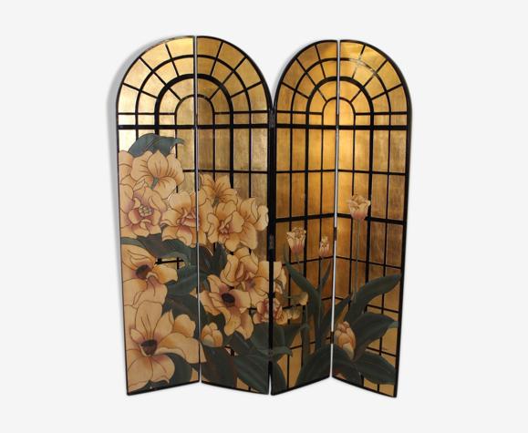 Paravent à décor de fleurs et fond or vers 1970