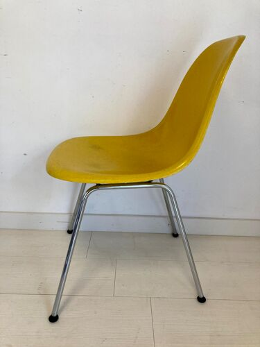 Chaise dsx de Charles & Ray Eames édition Vitra