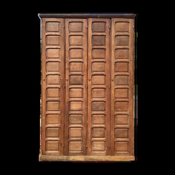 Meuble armoire de notaire en chêne