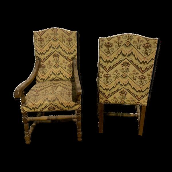 Paire des fauteuils style louis XIII
