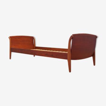 Lit en teck, années 1960, design danois, designer: Omann Jun