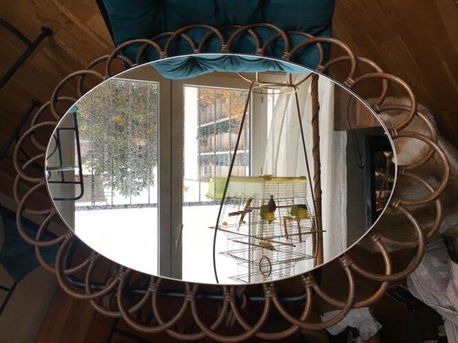 Miroir vintage soleil en rotin années 60 avec attache rotin 57x40cm