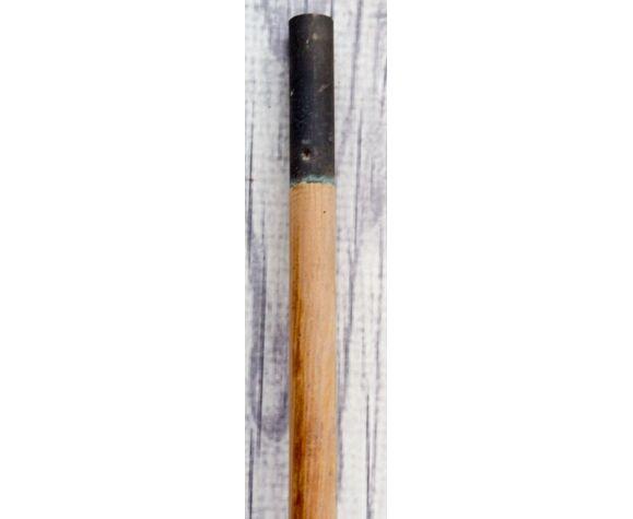 Vieille pagaie en bois