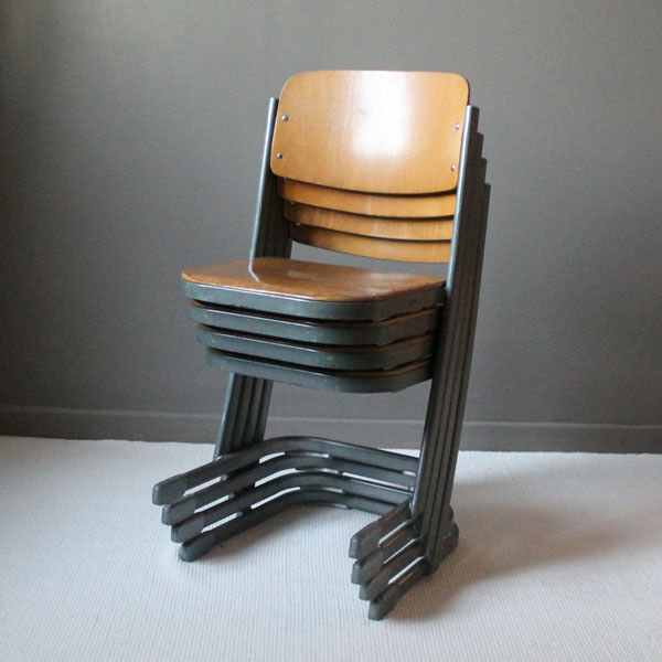 4 chaises d'école Northheler vintage
