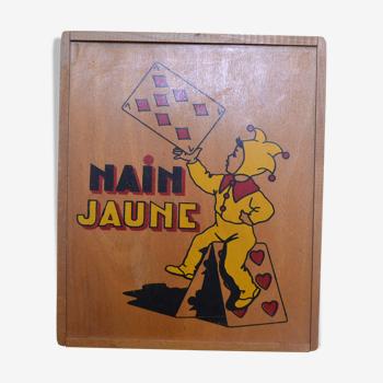 Yellow dwarf wooden game
