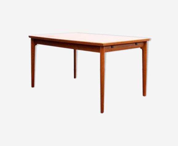 Table à manger design scandinave teck