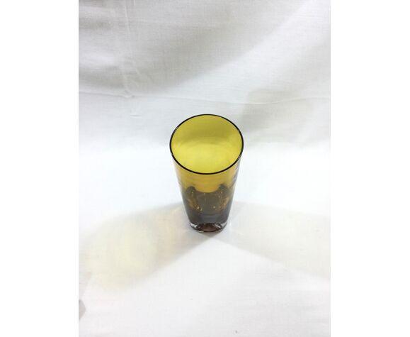 Vase en cristal orangé